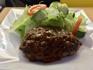 """""""あらびきハンバーグ定食  Set hamburger steak""""の拡大写真"""